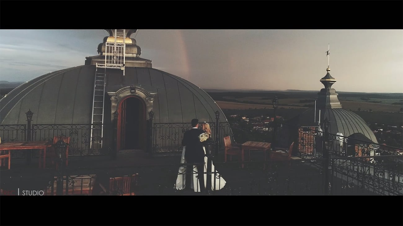 Michal Lichner | RECstudio - svadobný pár fotení dronom