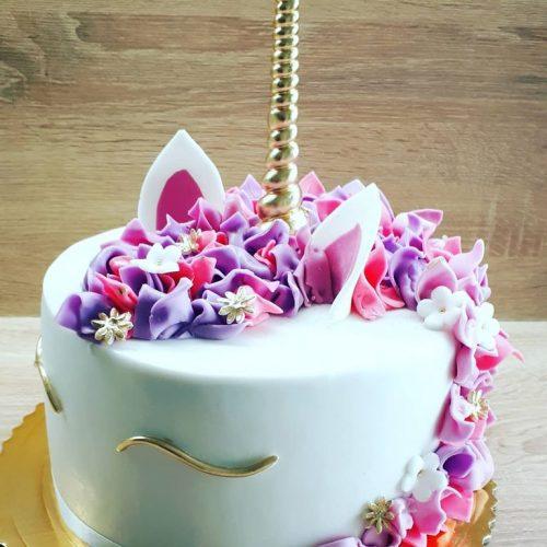 svadobná torta jednorožec