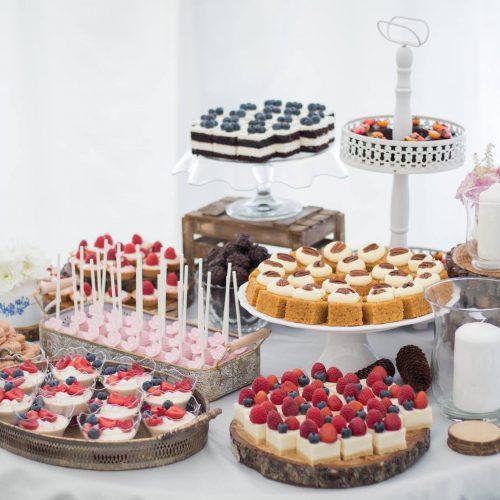 Svadobné koláče Sisters Cake - Candy Bar