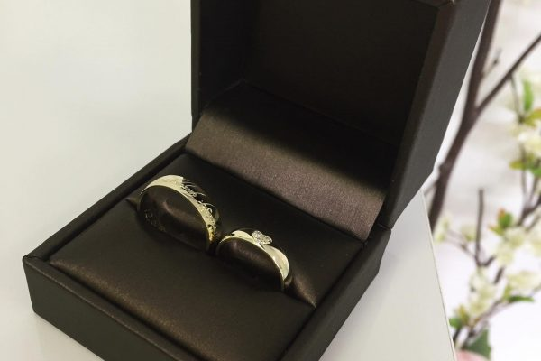 Šperk-Karen - Svadobné obrúčky a šperky na mieru - obrúčky v čiernej krabičke
